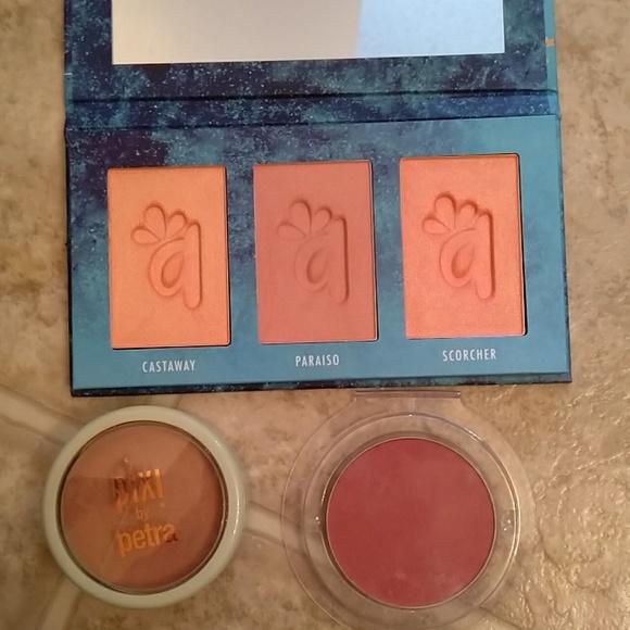 Alamar Cosmetics Other - Blushes